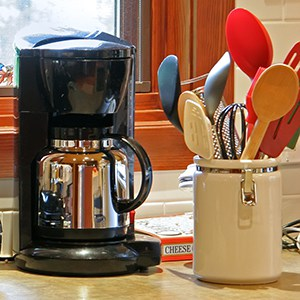 Modern small kitchen Electric Appliances and utensils
